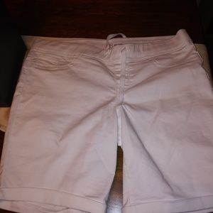 NWT White denim shorts